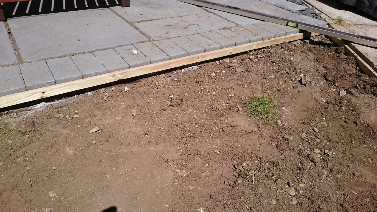 artificialgrass_install01